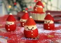 Trang trí dâu tây hình Ông già Noel đón Giáng sinh