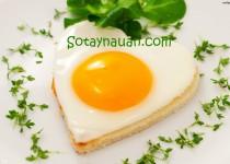Bánh mì trứng ốp la hoàn hảo cho bữa sáng
