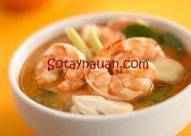 Canh tôm chua kiểu Thái