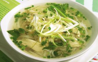 Nấu ăn món ngon mỗi ngày với Bánh phở, pho ga ngon, pho ga, cach nau pho ga ngon, cach nau pho ga, nau an ngon, mon ngon, bi kip nau an, Sotaynauan.com