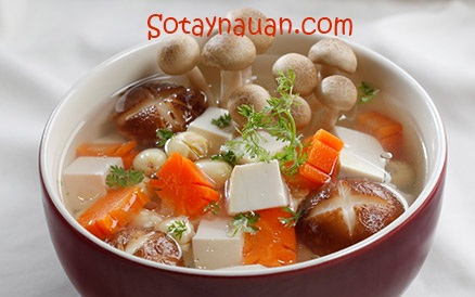 Cách nấu canh nấm chay với hạt sen