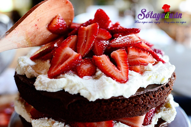 bánh sinh nhật chocolate dâu tây 28