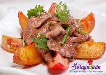 Thịt bò xào khoai tây mềm thơm cho bữa tối