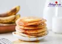 Cách làm bánh Pancake chuối dứa cho bữa sáng