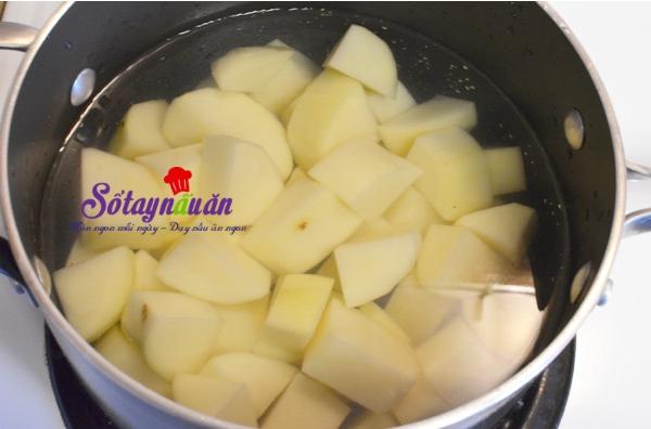 cách làm khoai tây chiên viên cá ngừ
