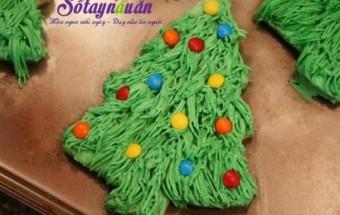 , cách làm bánh quy cây thông noel, tiệc noel
