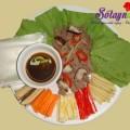salad cá ngừ, cách làm thịt bò cuốn lá cải