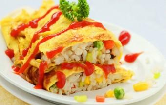 Nấu ăn món ngon mỗi ngày với Đậu Hà Lan, bữa sáng ngon miệng với cơm rang trứng cuộn
