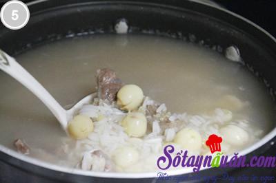 Cháo hạt sen nấu cùng bắp bò 5