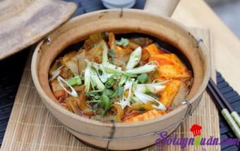 Nấu ăn món ngon mỗi ngày với Thịt nạc xay, Đậu phụ om dưa cải chua