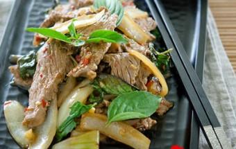 Nấu ăn món ngon mỗi ngày với Dầu hào, Thịt bò xào húng quế