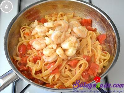 Mỳ sốt tôm chua ngọt 4