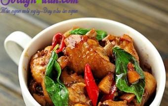 Nấu ăn món ngon mỗi ngày với Cánh gà, Cánh gà xào húng quế