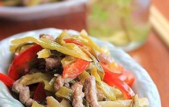 Nấu ăn món ngon mỗi ngày với Ớt chuông đỏ, Dưa chua xào thịt nạc