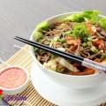 Đưa cơm với món thịt đông ngon mê ly, Mỳ trộn salad Thái hấp dẫn