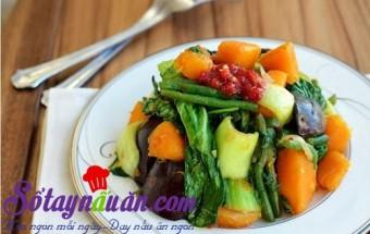 Nấu ăn món ngon mỗi ngày với Bí đỏ, rau xào củ quả