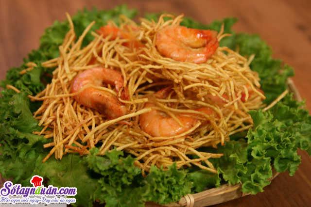 banh-tom-chien-khoai-lang-vang-gion5