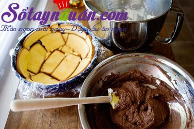 làm bánh chocolate  hạnh nhân3