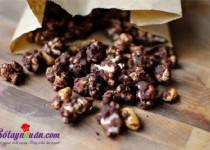 Trổ tài làm bắp rang bơ chocolate