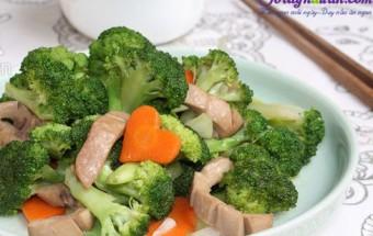 Nấu ăn món ngon mỗi ngày với Hành tím, bông cải xanh xào