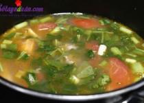 Canh thịt bò nấu cà chua giàu dinh dưỡng