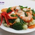 món ăn từ gan gà, bông cải xanh xào tôm
