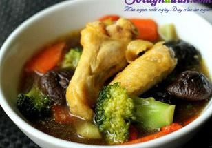 Nấu ăn món ngon mỗi ngày với Đùi gà, canh gà nấu nấm