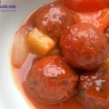 bí quyết làm nộm gà hành tây ngon, thịt viên sốt chua ngọt 6