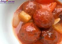 Thịt viên sốt chua ngọt đưa cơm