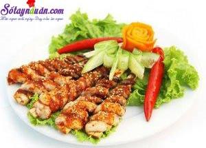 Nấu ăn món ngon mỗi ngày với Dầu mè, bạch tuộc nướng sốt cay