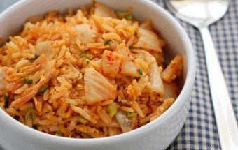 Nấu ăn món ngon mỗi ngày với Hành khô, cơm rang kim chi 1