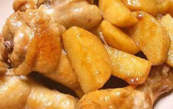 Các món ăn ngày Tết, Cách làm món gà hầm khoai tây bổ dưỡng cho cả gia đình