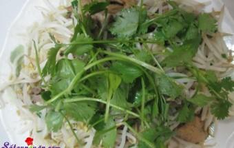 Các món ăn ngày Tết, Hướng dẫn làm giá đỗ xào lòng gà cực ngon 3