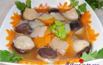 Nấu ăn món ngon mỗi ngày với Su hào, tuyet-chieu-nau-canh-moc-nam-huong-thom-ngon-cho-tet-am-ap-buoc-4
