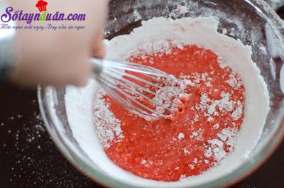 cách làm bánh quy phủ kem dâu tây 12