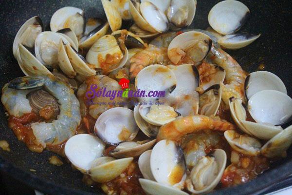 cách làm mỳ ý hải sản  8