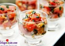 Cách làm salad cá hồi ngon-lạ-đẹp mắt
