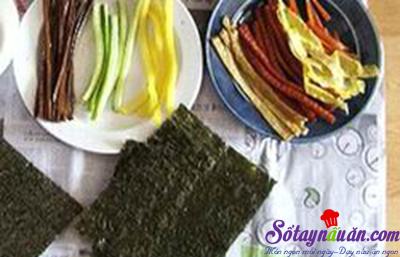 Cách làm kimbap Hàn Quốc siêu ngon, cực đơn giản tại nhà 1