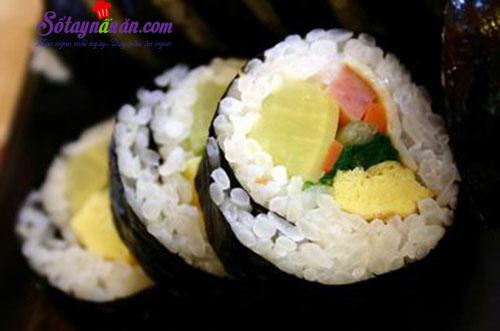 Cách làm kimbap Hàn Quốc siêu ngon, cực đơn giản tại nhà