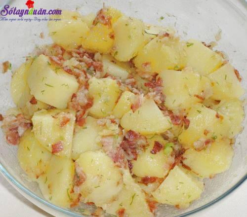 huong-dan-lam-salad-khoai-tay-tuoi-ngon-cuc-hap-dan-buoc-4