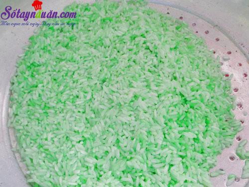 Cách làm bánh xôi lá dứa cho bữa sáng 1