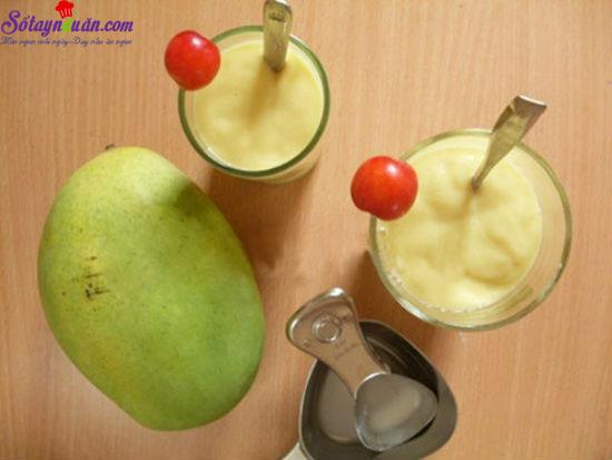 cách làm sinh tố xoài với sữa tươi 10