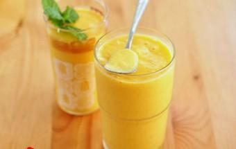 Nấu ăn món ngon mỗi ngày với Đá viên, cách làm sinh tố xoài với sữa tươi 12