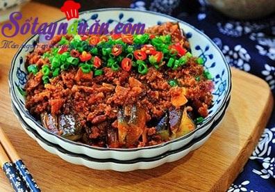 Cách nấu cà tím xốt thịt băm đậm đà cho ngày mưa