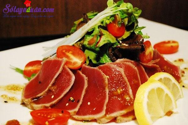 Cách làm salad cá ngừ ngon như ngoài tiệm
