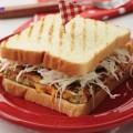 học cách làm bánh mì cuộn trứng phô mai, cách làm sandwich đơn giản 5
