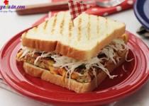 Cách làm bánh sandwich kẹp đơn giản cho bữa sáng