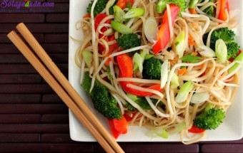 Nấu ăn món ngon mỗi ngày với Nước tương, cách làm mì xào rau củ 4
