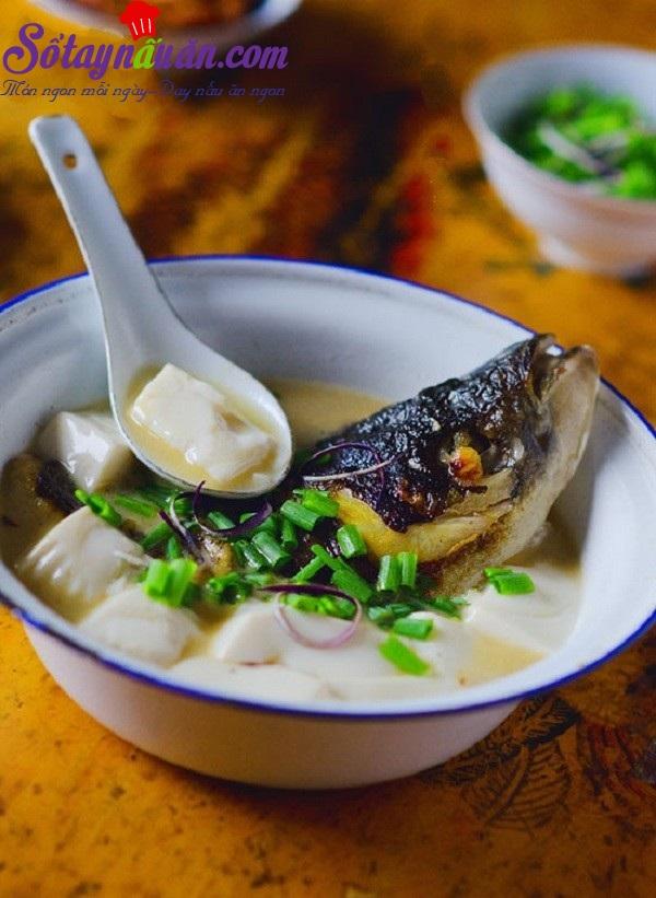 Canh cá chép nấu đậu phụ lạ mà ngon