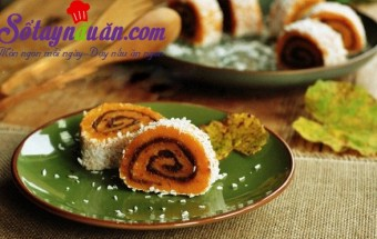 Nấu ăn món ngon mỗi ngày với Dừa nạo, Học làm bánh bí ngô cuộn đậu đỏ thơm ngon lạ miệng